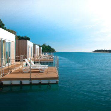 Houseboat: soggiorni esclusivi in acqua