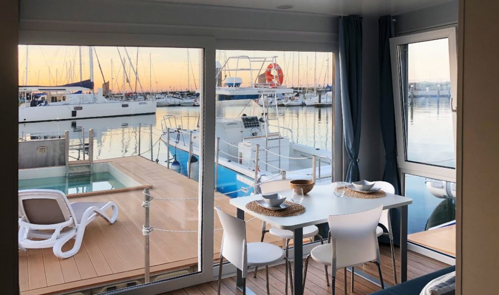 Houseboat, case galleggianti