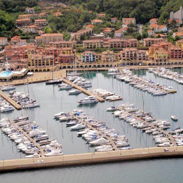 Porto San Rocco: lusso esclusivo nelle terre di confine