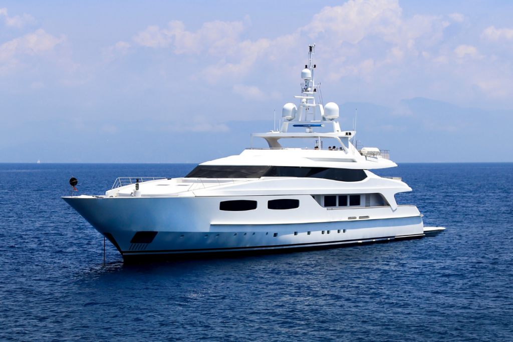 boat holiday in Cagliari , yacht