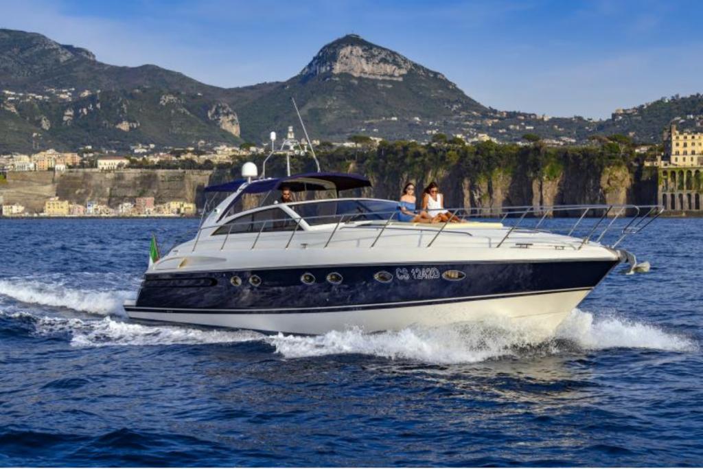Campania in barca, barca