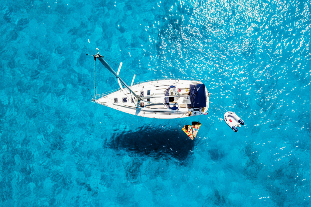 vacanza in barca a Cagliari, barca a vela