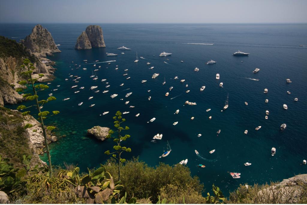 Campania by boat, boats