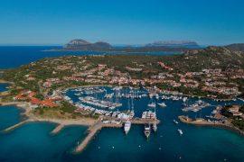 Boat holiday in Sardinia